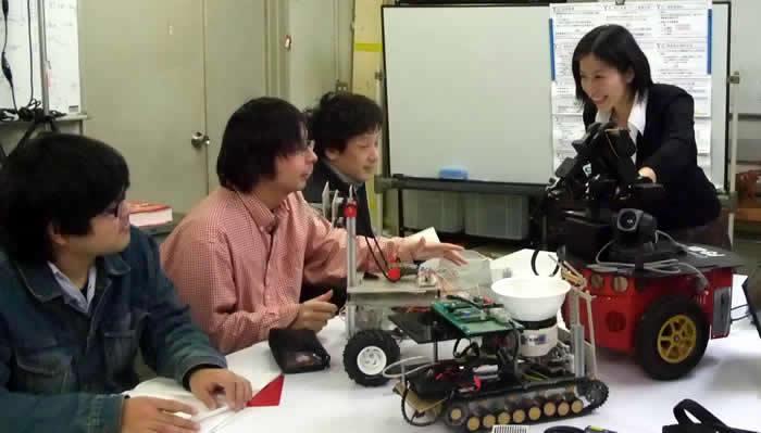 自律移動ロボットの開発