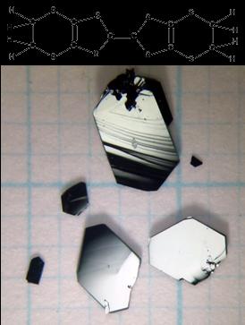 特異な伝導電子を持つ分子結晶